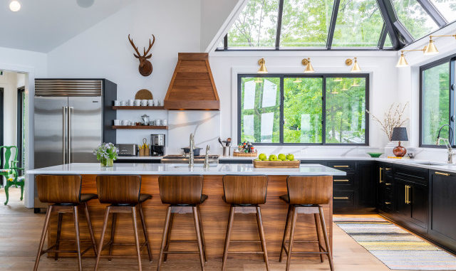 Pros and Cons: Painted vs. Stained Kitchen Cabinets (12 ...